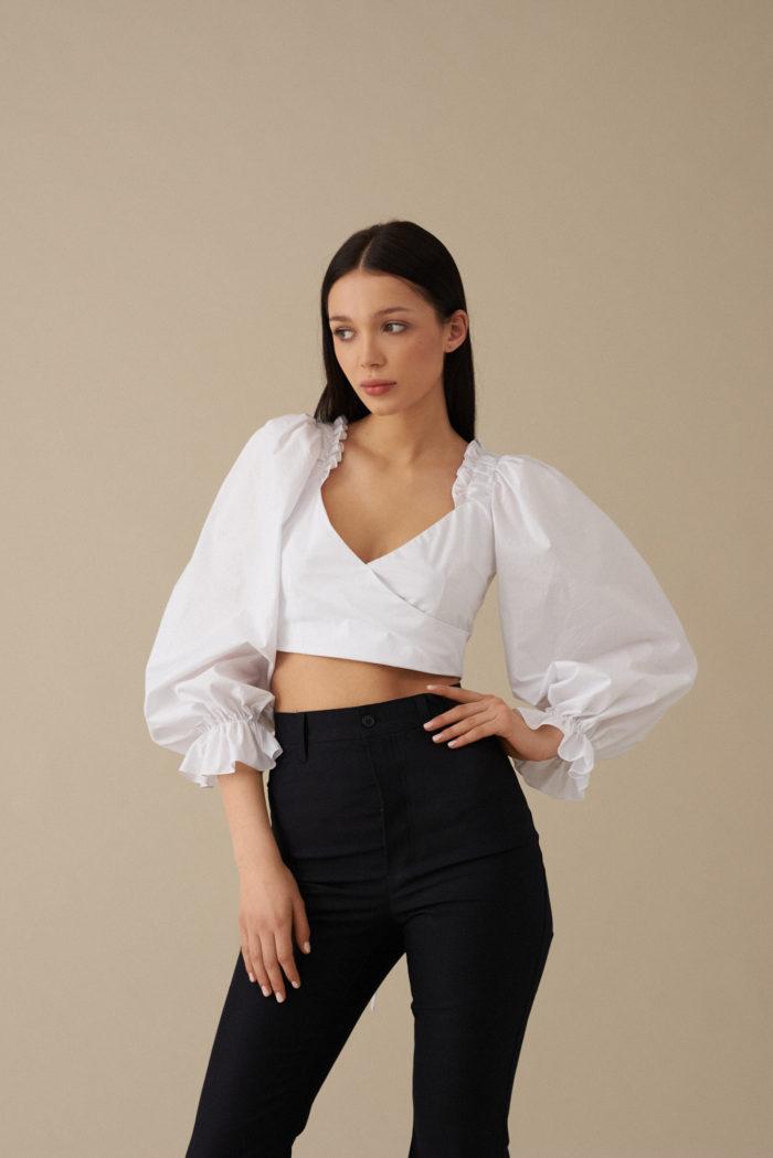 Bluzka z wiązaniami na plecach Chiara – biała