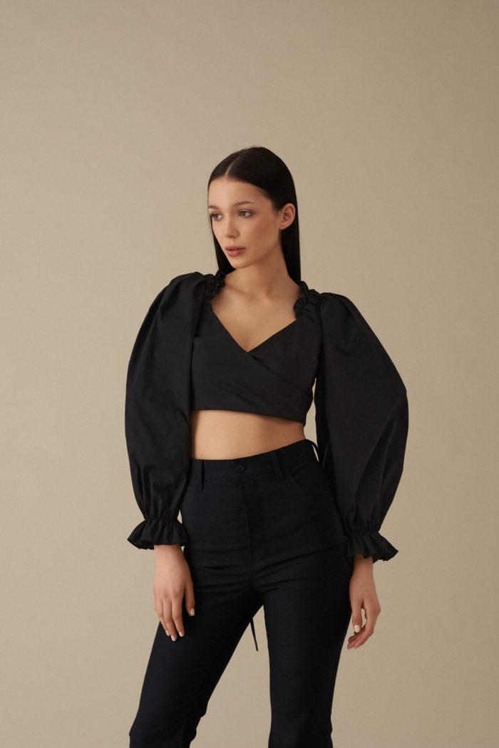 Bluzka z wiązaniami na plecach Chiara – czarna